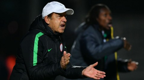 Rohr takes search for goalkeeper to local league