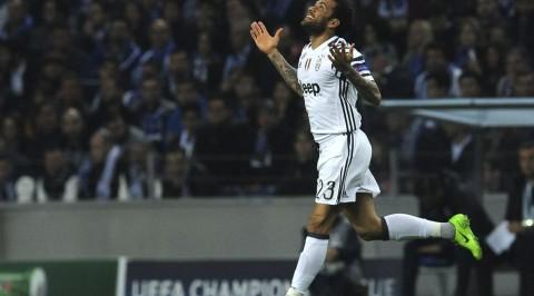 UCL: Juventus defeat 10-man FC Porto 2-0 in Lisbon