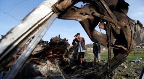 Airstrike hits Yemen kills 5 civilians