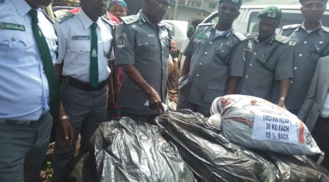 Customs Arrests Four in connection with Smuggles Goods