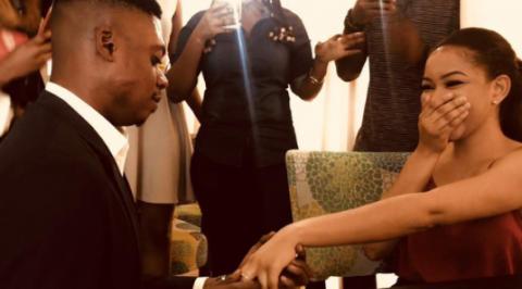 Comedian Ebiye proposes to his video vixen girlfriend