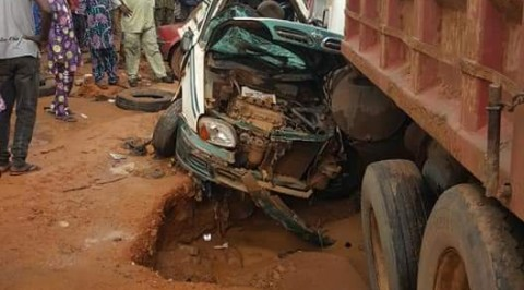 Truck crushes five persons in Ibadan