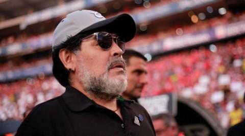 Maradona expresses interest in Man U Job