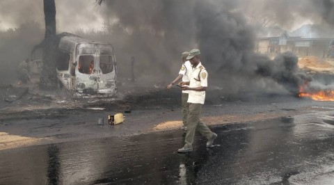 Four Burnt to Death as Bus Crashes on Ogun Highway