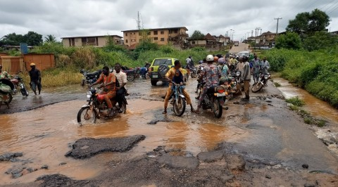 FG issued 7-day ultimatum to fix Sagamu-Ogijo road