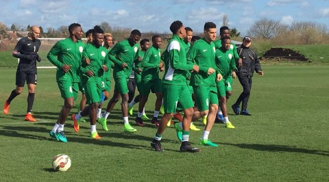 Eagles begin training; injury knocks Balogun out