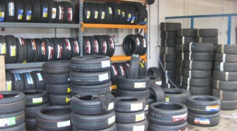 Tyre dealers express mixed reactions