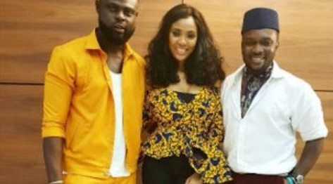 Yomi Casual proposes to girlfriend