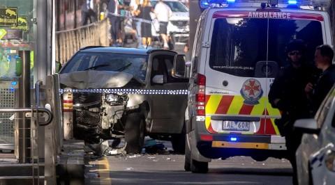 Car ploughs into pedestrians in Australia, injures 14