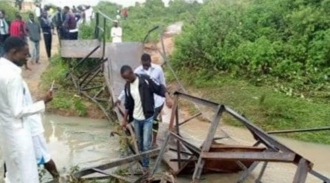 Students protest collapsed bridge in Ado Ekiti