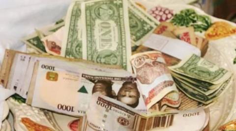 Naira Drops To 405/Dollar