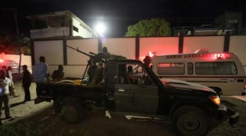 Suicide attack kills 19 in Somali hotel