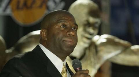 Magic Johnson returns to LA Lakers