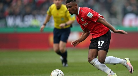 Hannover talent bazee struggling to overcome knee injury