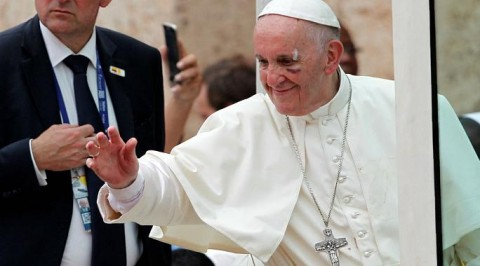 Pope Francis sustain minor injuries in Colombia
