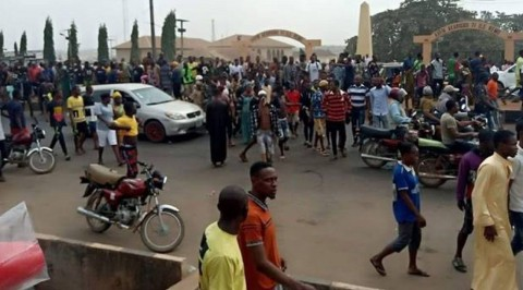 Sagamu Protest turn Violent over Killing of Soccer Star