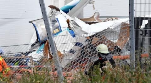 Small plane kills at least three