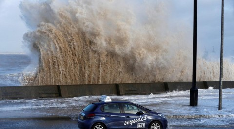 Heavy storm hit Ireland's west coast