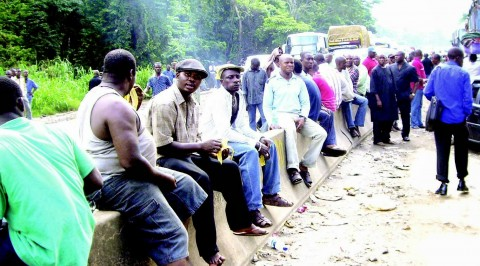 Travellers stranded on Warri/Benin expressway
