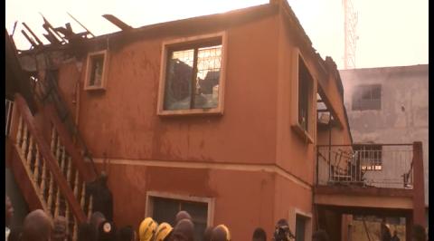 Fire razes story building in Ibadan.