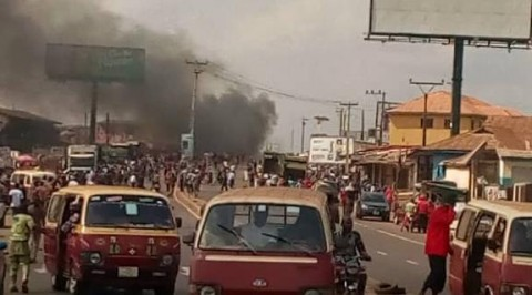 Warders and Motorcyclists Clash in Ibadan