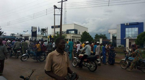 Iwo residents panic following banks robbery