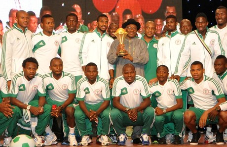 President Jonathan Rain Gifts On Victorious Super Eagles