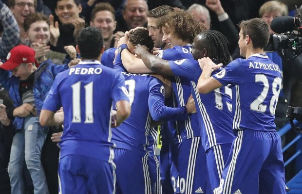 Chelsea close in on EPL title
