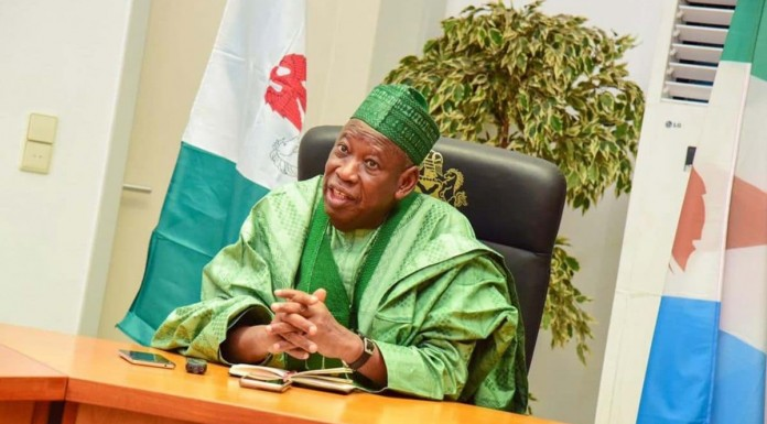 Ganduje Launches Distribution of 2 Million Face Masks in Kano