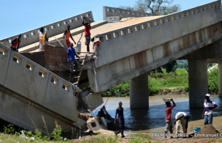 Flood washes patches of Adamawa Bridge destroyed by insurgents