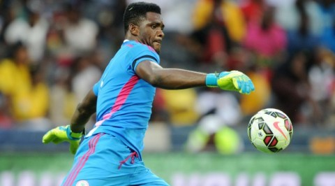 Super Eagles GK Akpeyi signs new two-year deal