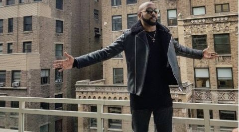 Banky W shows concern for his aged Uber driver