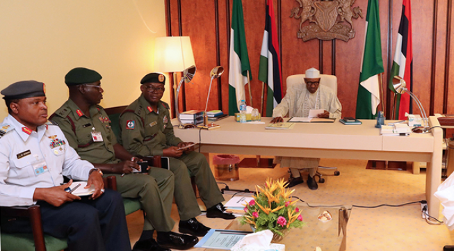 Buhari meets security chiefs