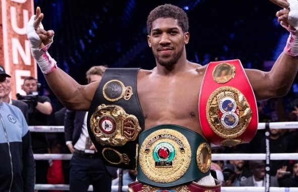 President Buhari salutes Anthony Joshua on victory