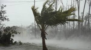Hurricane Dorian whips US as Bahamas counts cost