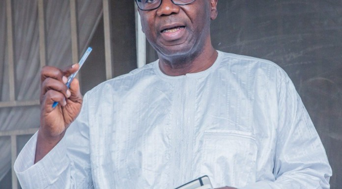 Governor Ahmed flags off university campus