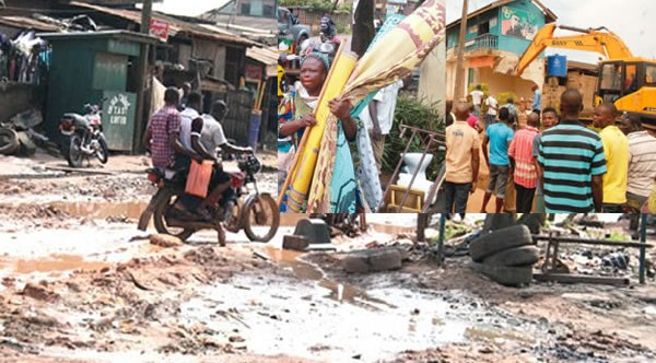 Ogun demolishes 400 structures!
