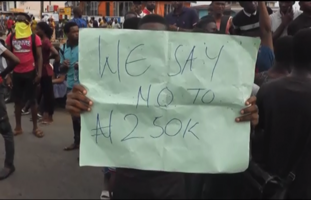 Students protest high fees in Ondo schools