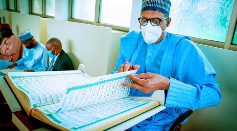President Buhari Joins Worshippers for Annual Tafsir