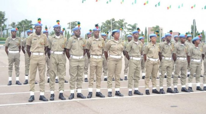 Senate re-introduces Peace Corps bill