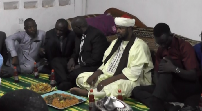 Unity: religious leaders break fast together