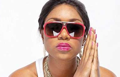 Yvonne  Nelson loses  Dad