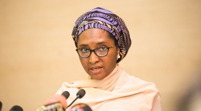 FG sets up panel to recover N614 billion from 35 states