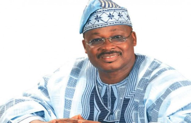 Ajimobi appoints 32 new Oba's