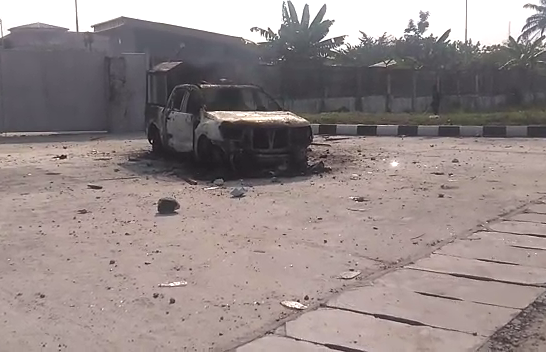 Angry Mob Set Police Van Ablaze in Delta