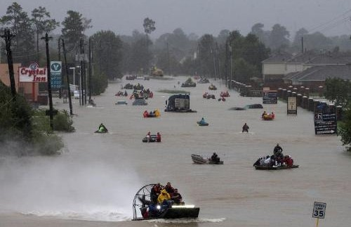 35dead, 32,000 displaced as Harvey moves Inland