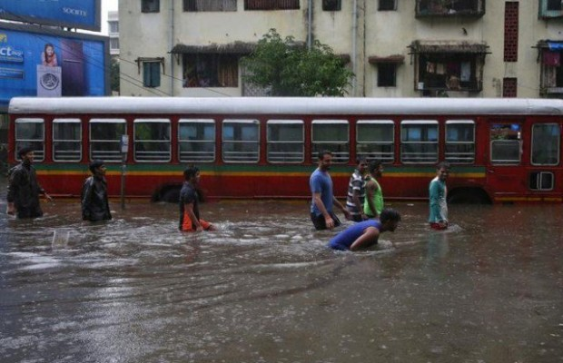 Heavy rains hit Mumbai yet again