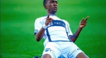Nigerian Striker Henry Onyekuru joins Everton FC
