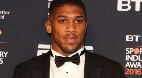 Boxing star Anthony Joshua offers to be Prince Harry's best man