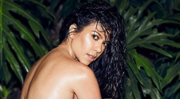 Kourtney Kardashian pose nude on IG